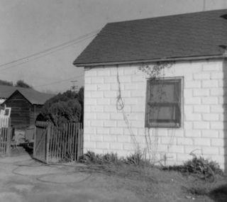 House1962a