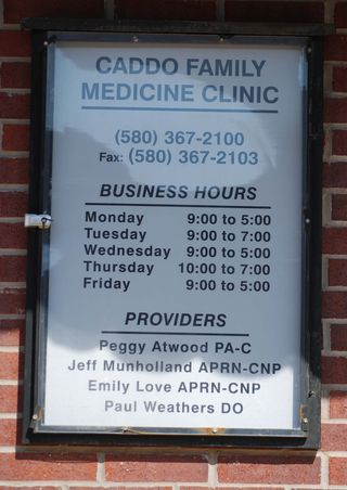 Clinic sign2