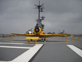 Yellowplane