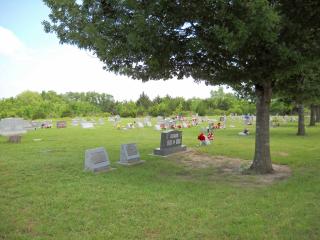 CemeteryMemDay09